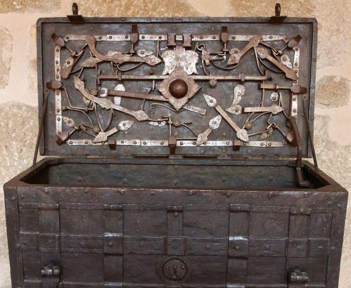 Интересные факты из истории замков (34 фото)