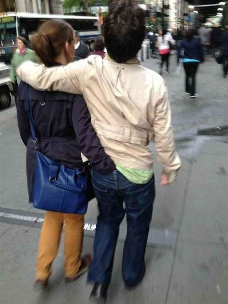 Публичное выражение своих чувств влюбленными парочками (31 фото)