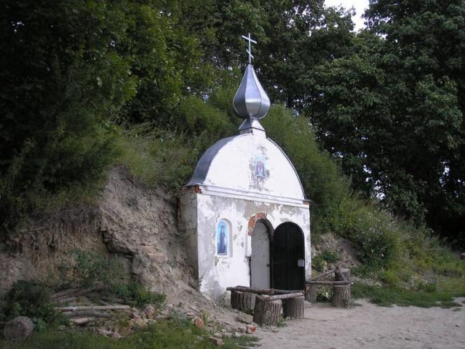 Подземные пещеры отшельников в Пензенской области (23 фото)