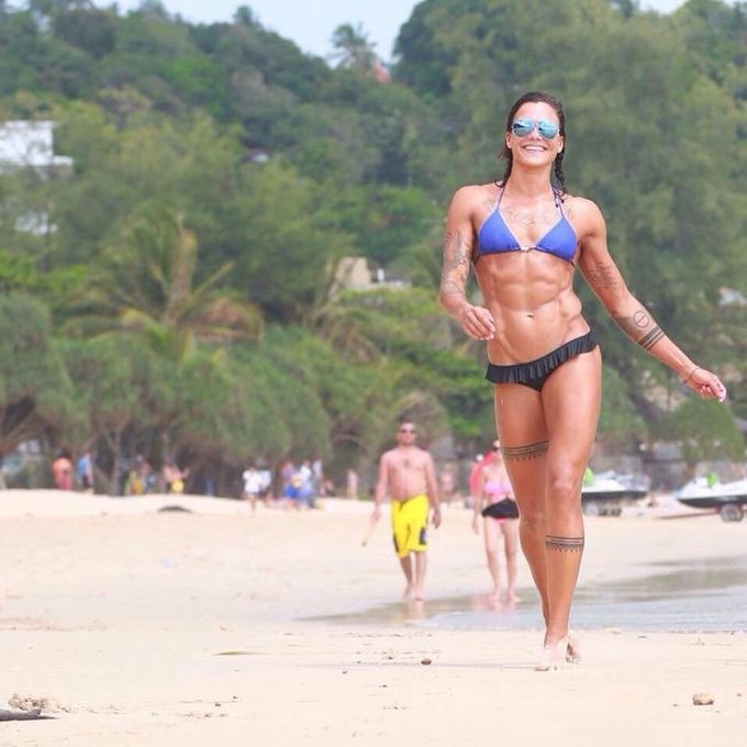 Фото и селфи девушек, увлеченных спортом (35 фото)