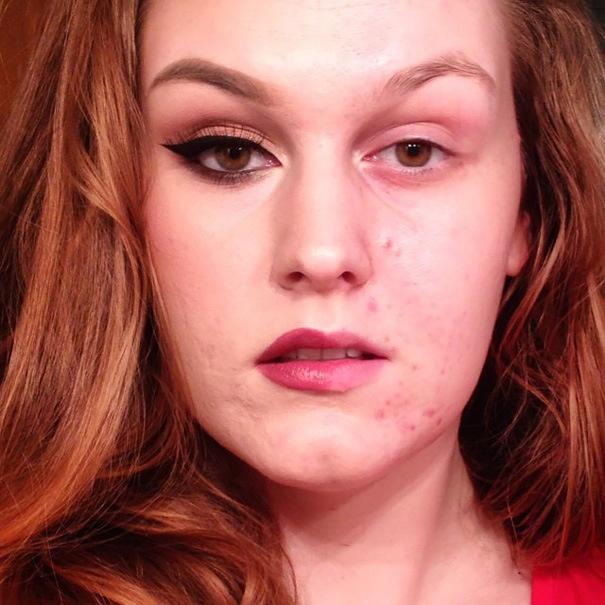 Участницы флешмоба с частично нанесенным макияжем (28 фото)