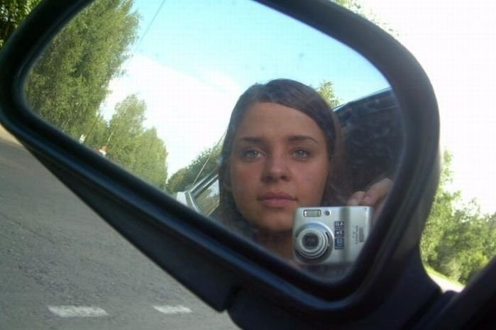 Когда за рулем девушка (30 фото)