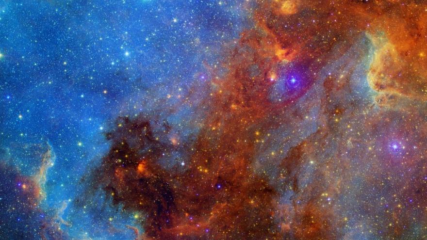 """Красочные фотографии, сделанные космическим телескопом """"Спитцер"""" (15 фото)"""