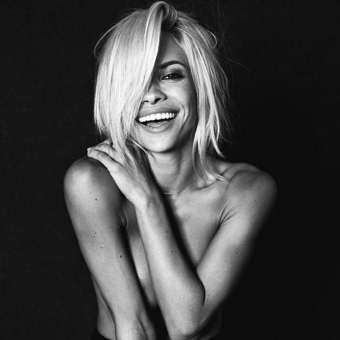 """Dani Mathers модель журнала """"Playboy"""" (16 фото)"""