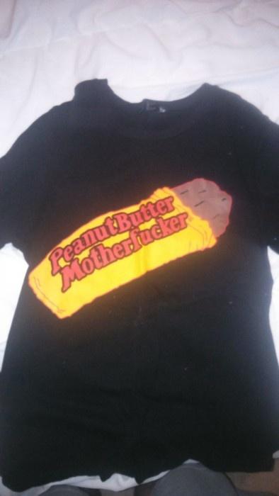 Забавные надписи на футболках (28 фото)