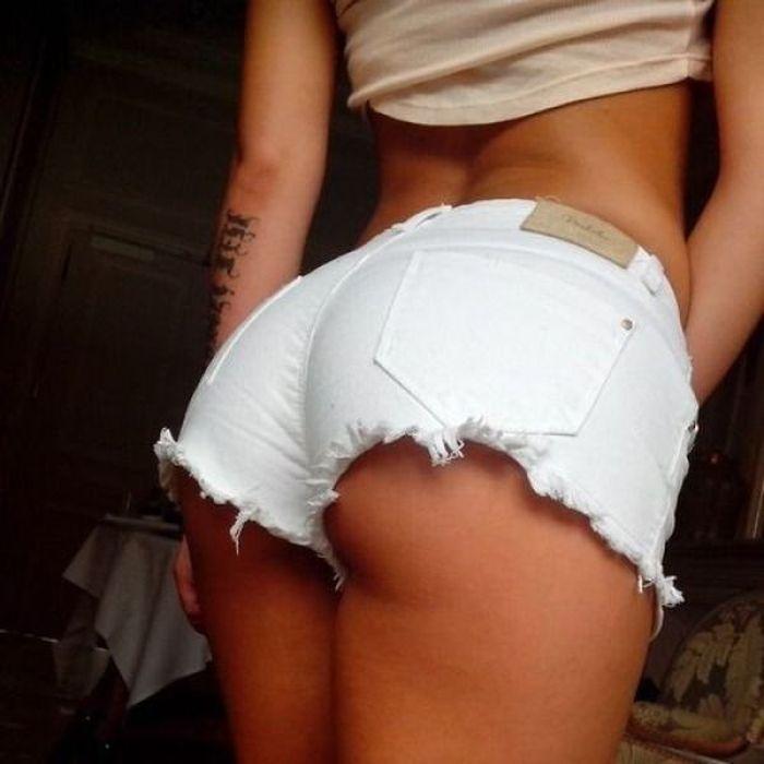 Короткие шорты - это сексуально
