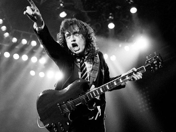 Занимательные факты о группе AC/DC (15 фото)