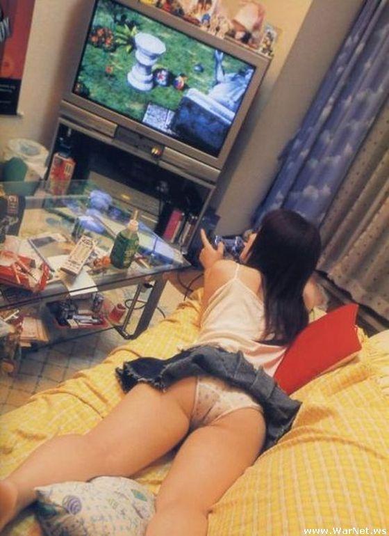 Девушки, которые любят игры