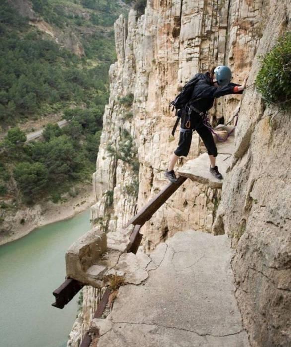 Опасные склоны (28 фото)
