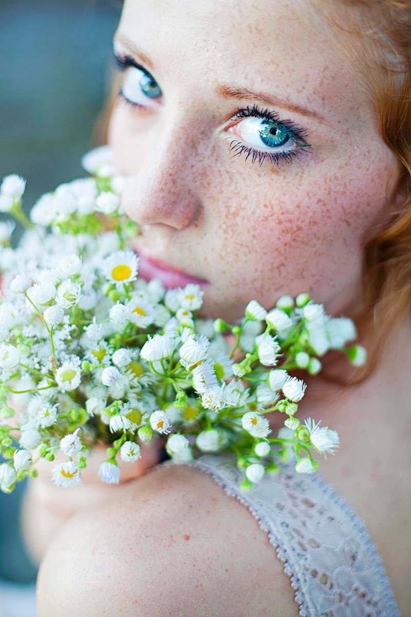 Красивые девушки с веснушками (10 фото)