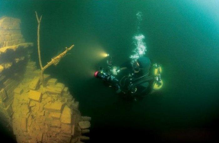 Город под водой (11 фото)