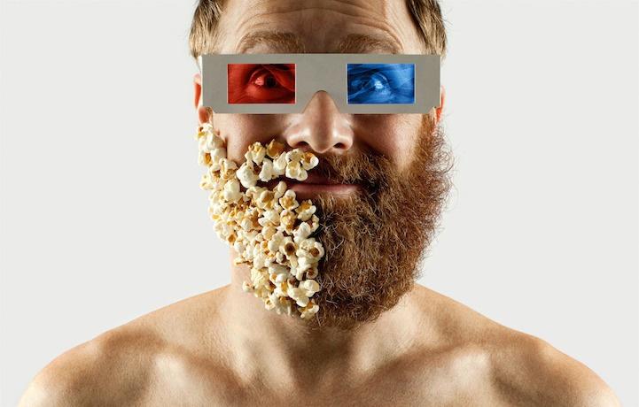 Мужчина отрастил бороду, чтобы сбрить половину... Зачем?