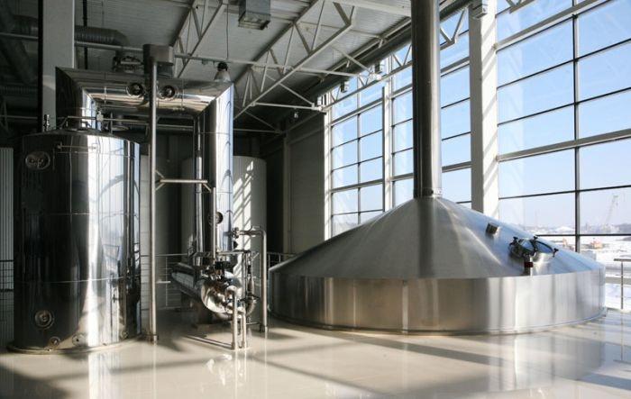 На производстве пенного напитка