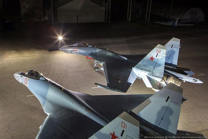 На заводе Су-35