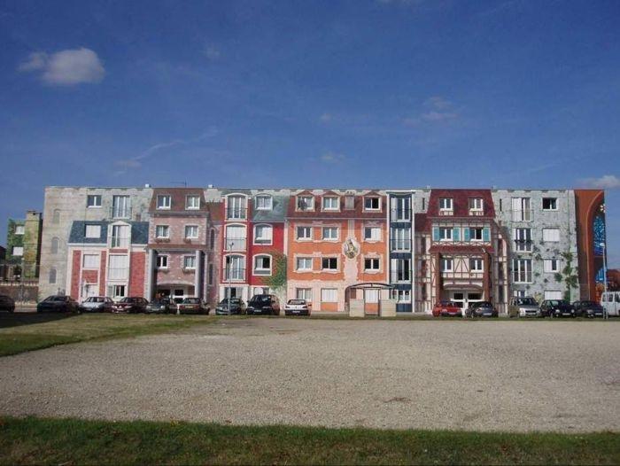 Рисунки на жилых домах