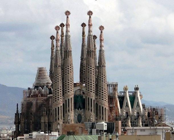 Сможете ли вы узнать эти церкви по фотографиям?
