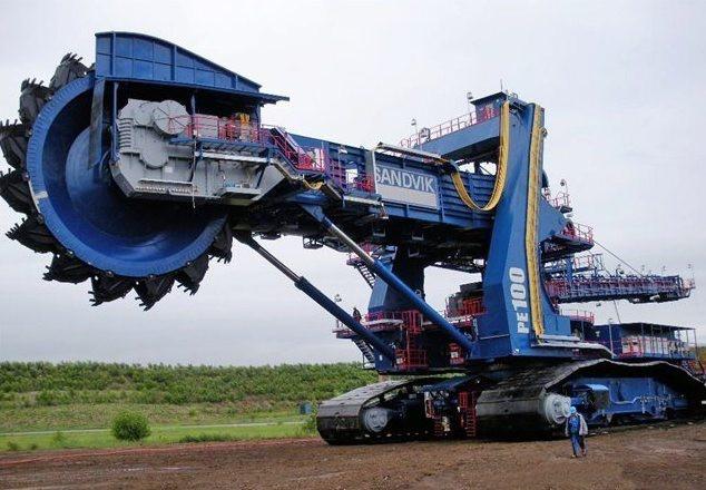 Мир гигантских машин