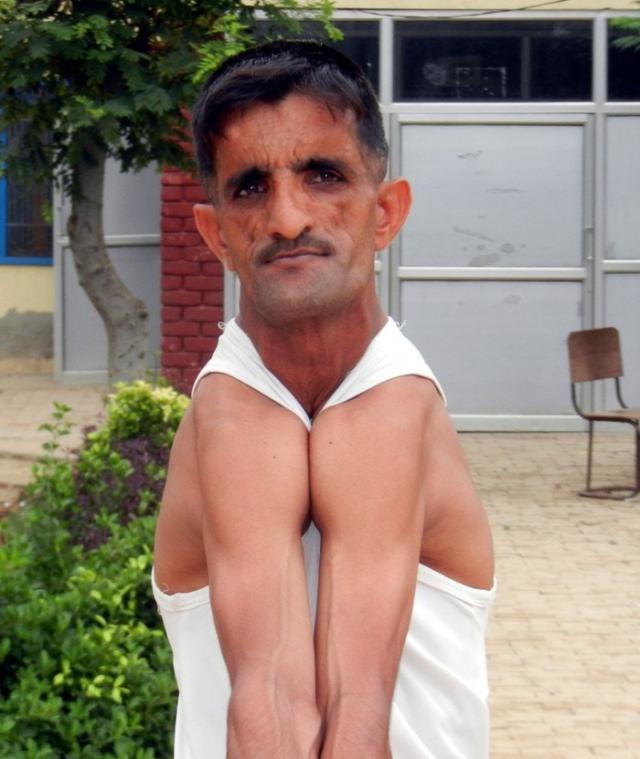 Гибкий человек (9 фото)