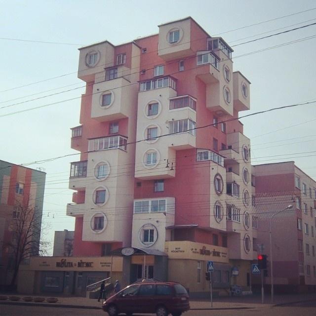 Необычные многоэтажки