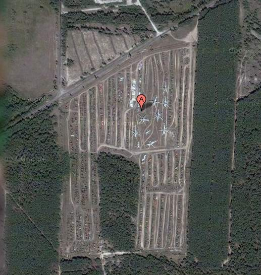 Брошенная военная техника рядом с Чернобылем (19 фото)