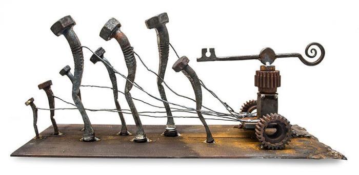 Оригинальные скульптуры из стальных болтов (9 фото)