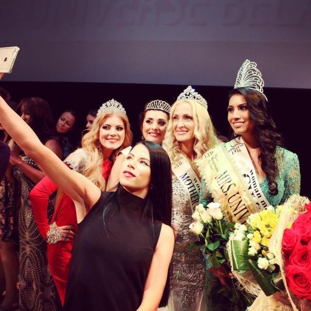 Модель из Канады Эшли Бёрнэм одержала победу в конкурсе «Миссис Вселенная-2015» (16 фото)
