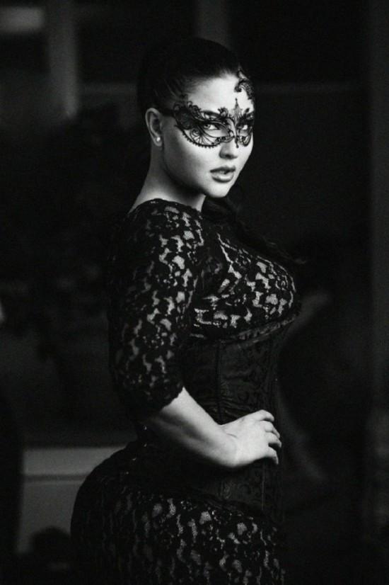 Наш ответ Ким Кардашьян модель Юлия Лаврова (28 фото)