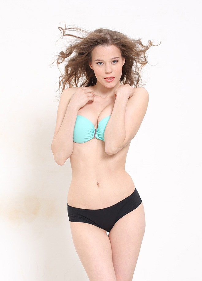 Финалистки на звание Miss MAXIM 2015