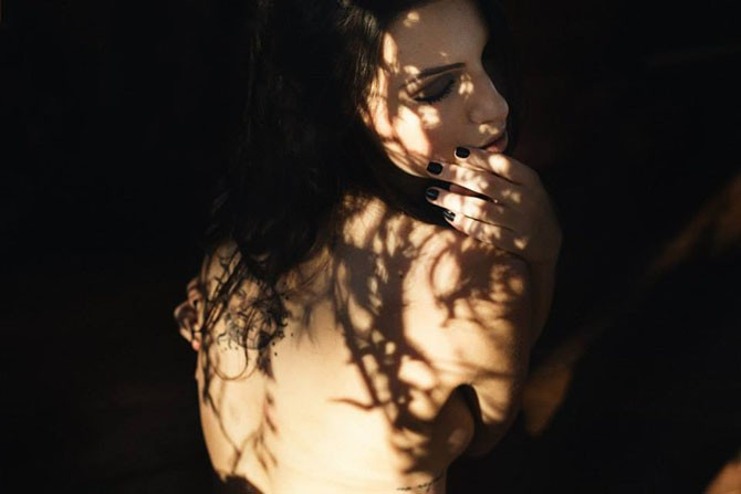 Снимки Сюзи Годой в стиле ню