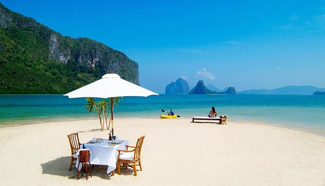 Красивые пляжи с белоснежным песком