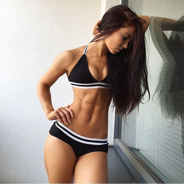 Спортивные девушки (33 фото)