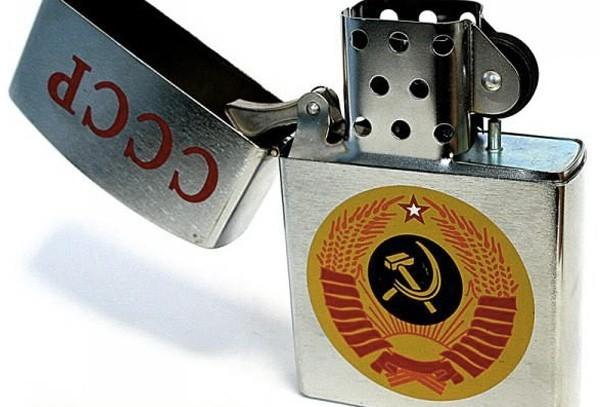 Коллекция необычных зажигалок из СССР