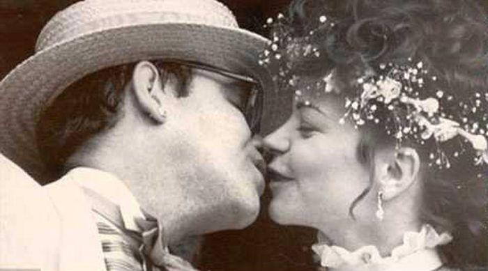 Известные геи, которые были женаты на женщинах (12 фото)