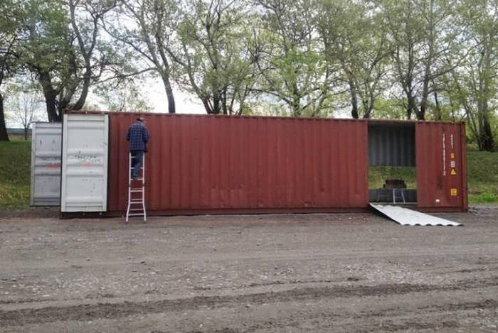 Строим дом из контейнеров (18 фото)
