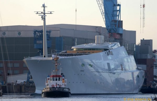 Крупнейшей парусной яхтой теперь владеет российский миллиардер (6 фото + видео)
