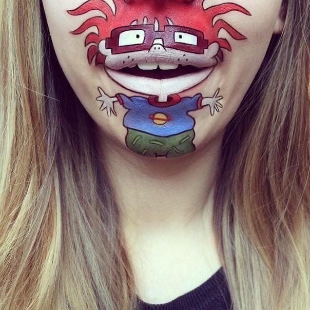 Забавные персонажи на лице