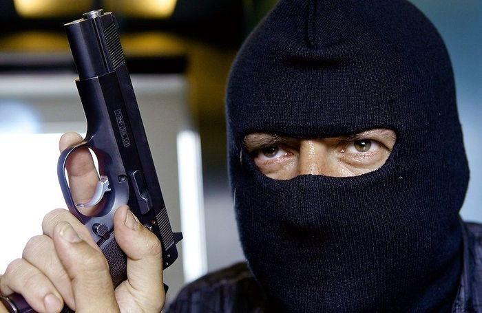 Cамые глупые преступники в мире (10 фото)