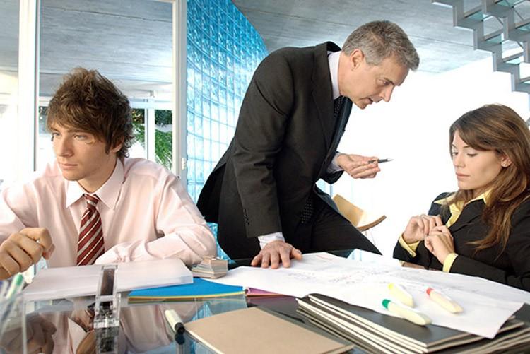 Самые пагубные привычки мешающие росту вашей карьеры