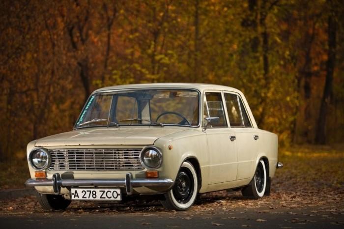 Отечественные автомобили после реставрации (9 фото)