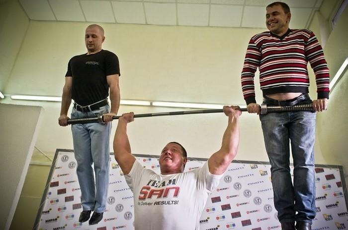 Биография российского атлета Михаила Кокляева (10 фото)