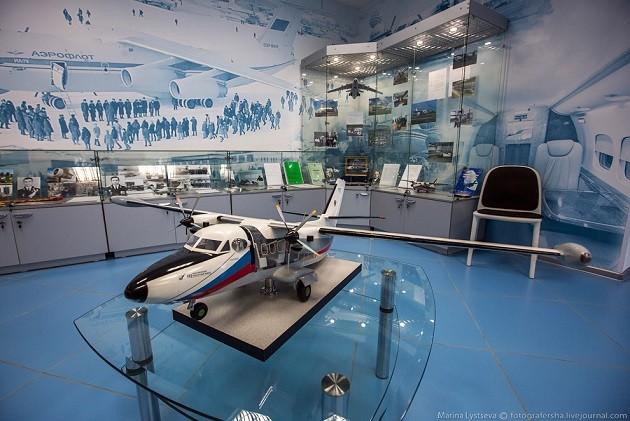 Экскурсия по авиаремонтному заводу