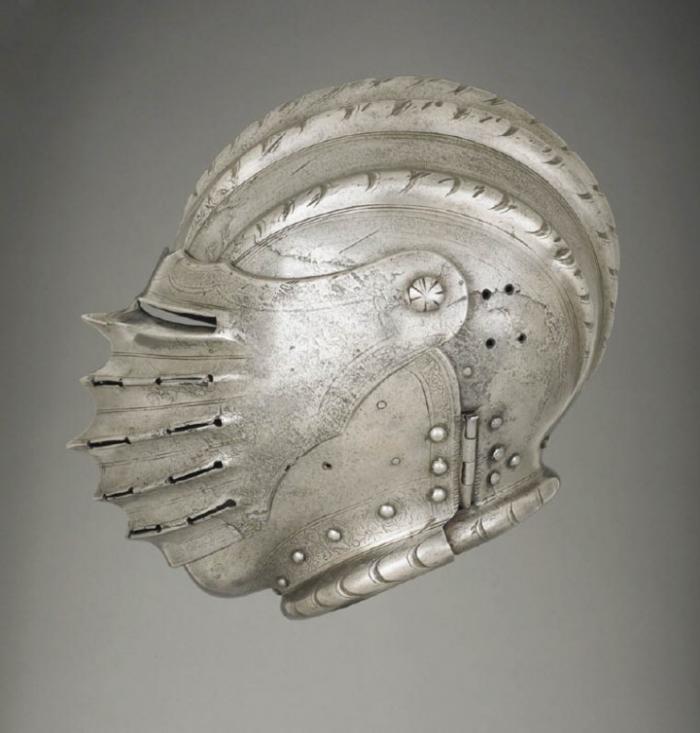 Часть доспехов: германские шлемы XVI века (14 фото)
