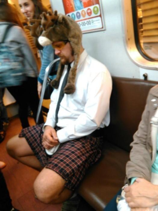 Пассажиры московского метро (41 фото)
