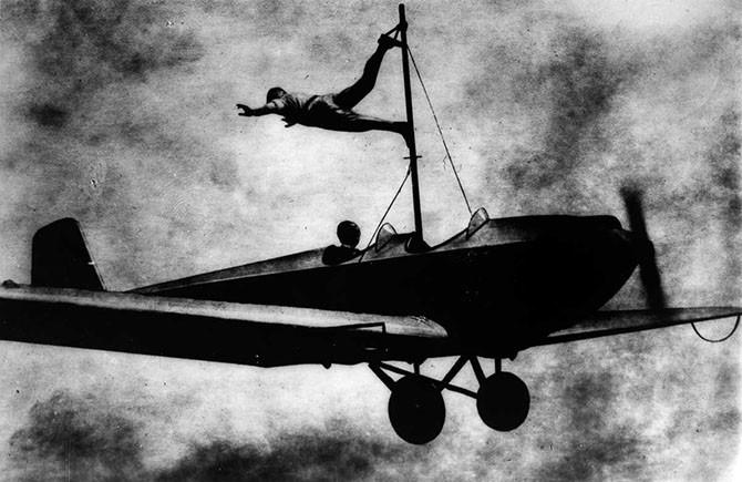 Ходоки по крыльям самолетов (1919-1982 годы)