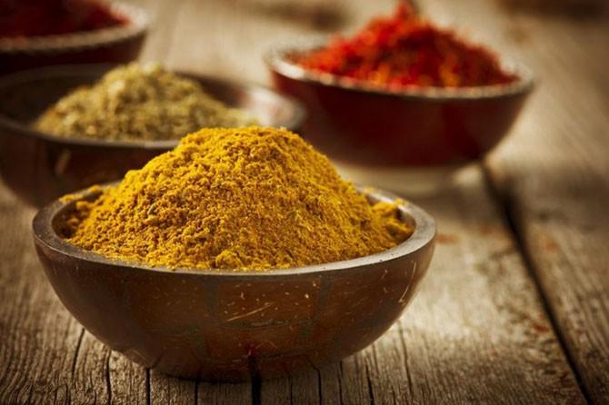 Список продуктов, вызывающих неприятный запах тела
