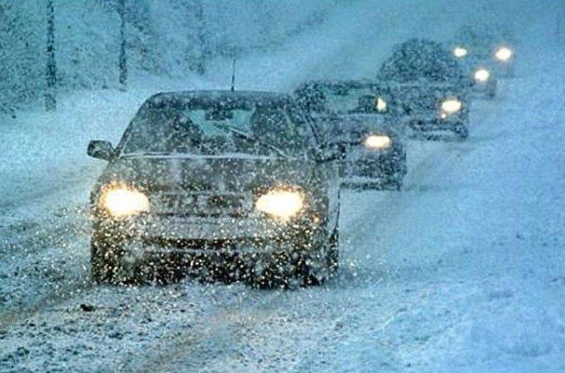 Несколько полезных советов по безопасному вождению зимой (10 фото + 1 видео)