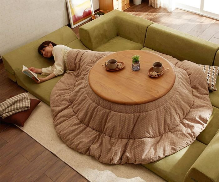 Японский стол с одеялом и подогревом