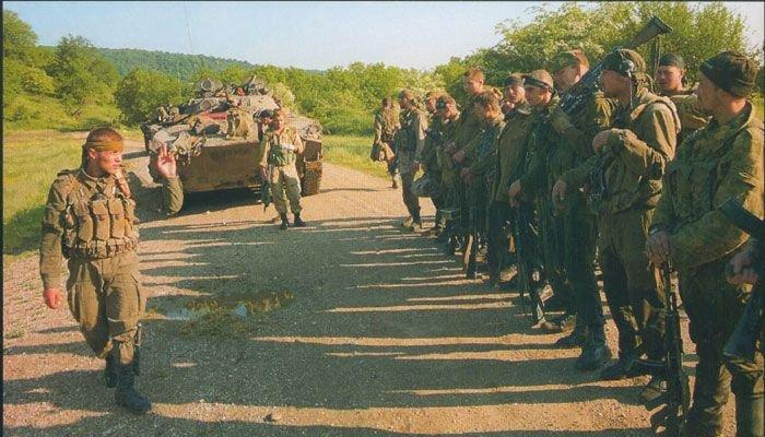 Разведывательная рота, прозванная чеченскими боевиками как «бешеная» (3 фото)