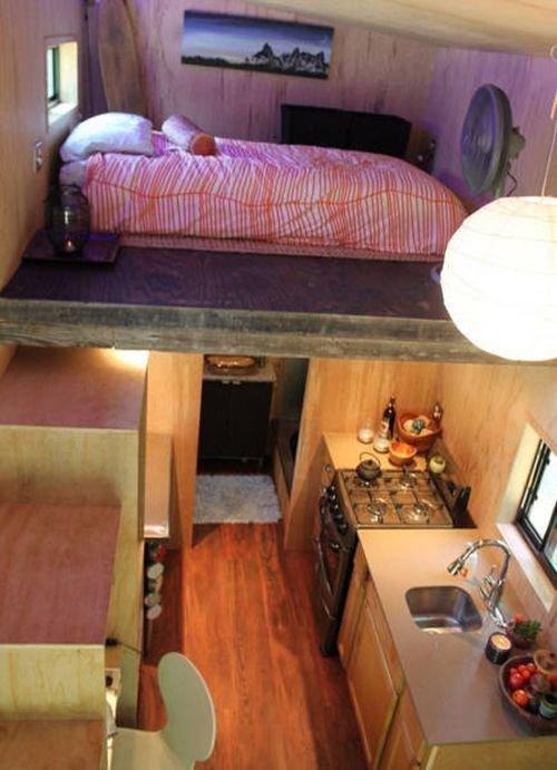 Американский студент построил дом на колесах
