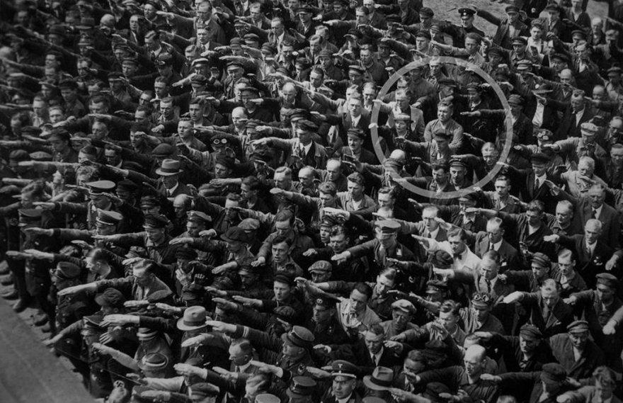 История одного немца, который пошел против системы